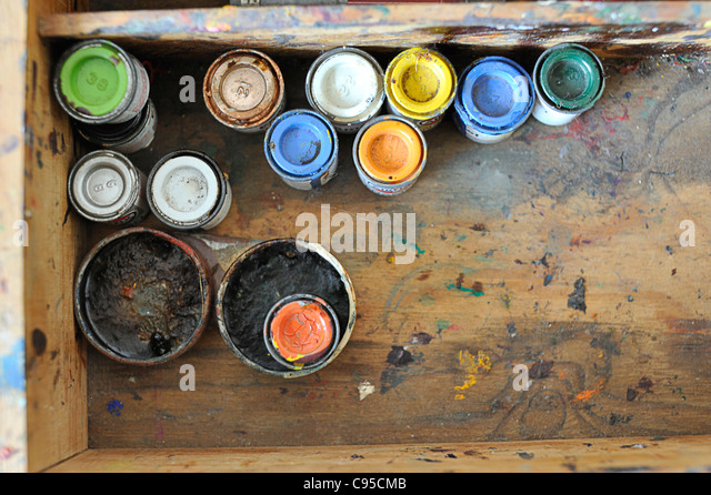 Pots of paint and painting materials stock photos pots for Pot painting materials required