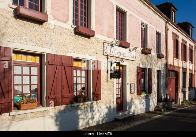 Giverny stock photos giverny stock images alamy for Chambre d hotes les artistes