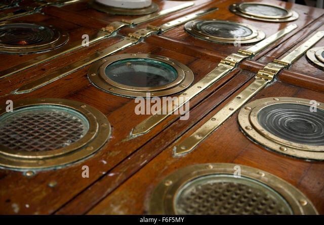 Porthole Doors Round Door Porthole Window Glazing Glass & Door Portholes - Sanfranciscolife