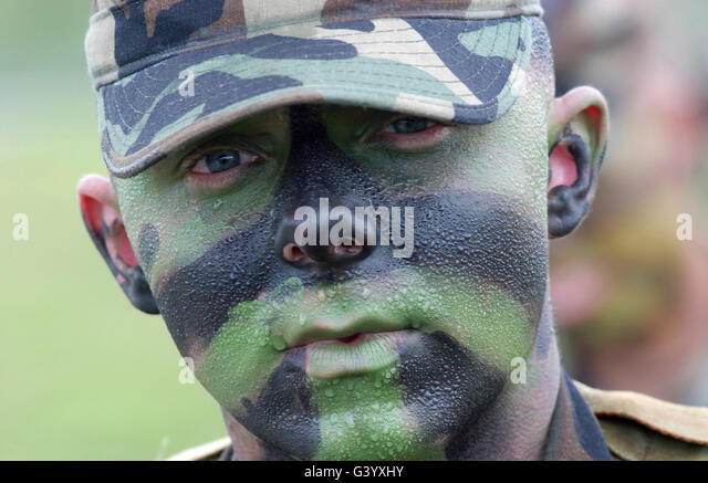Army Face Paint Standard