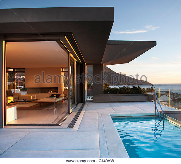 Pool Room Stock Photos Amp Pool Room Stock Images Alamy
