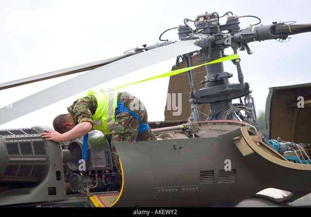 Helicopter Engineer Career