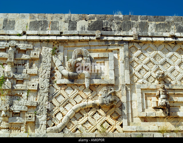 an overview of the ruined ancient city chichen itza Explore the ancient maya ruins of mexico and discover some of the most impressive art and architecture in the new world featured sites include chichen itza, tulum, palenque, teotihuacan, and bonampak.