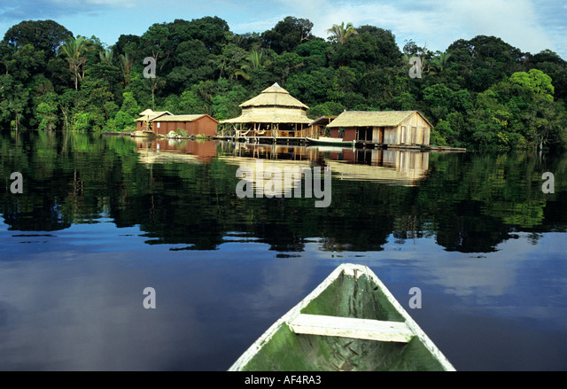 Jungle lodge amazon brazil stock photos jungle lodge for Wild river motor lodge