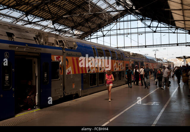Saint charles train station stock photos saint charles for Train marseille salon de provence