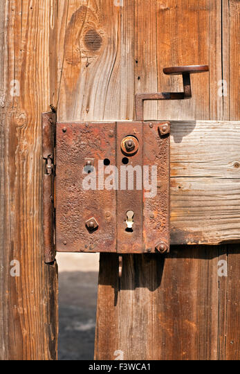 Rusty Door old rusty door lock stock photos & old rusty door lock stock