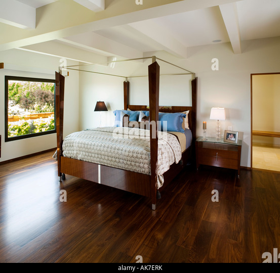 Lamp master stock photos lamp master stock images alamy Modern minimalist master bedroom