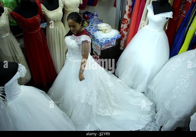 Wedding Dress Designers Stock Photos & Wedding Dress Designers Stock ...