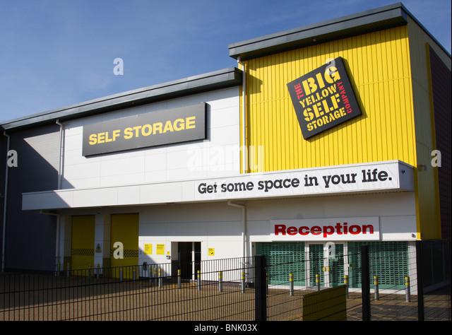 big yellow self storage stock photos big yellow self storage stock images alamy. Black Bedroom Furniture Sets. Home Design Ideas