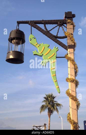 Cd Art Decoration For Lamp