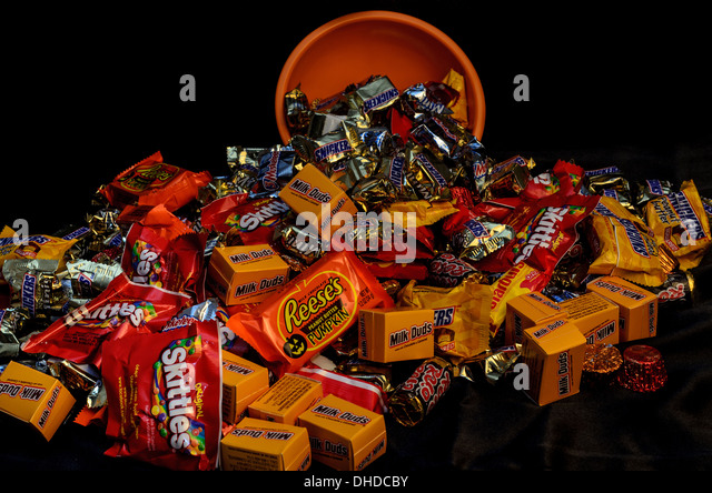 Halloween Candy Bowl Stock Photos & Halloween Candy Bowl Stock ...