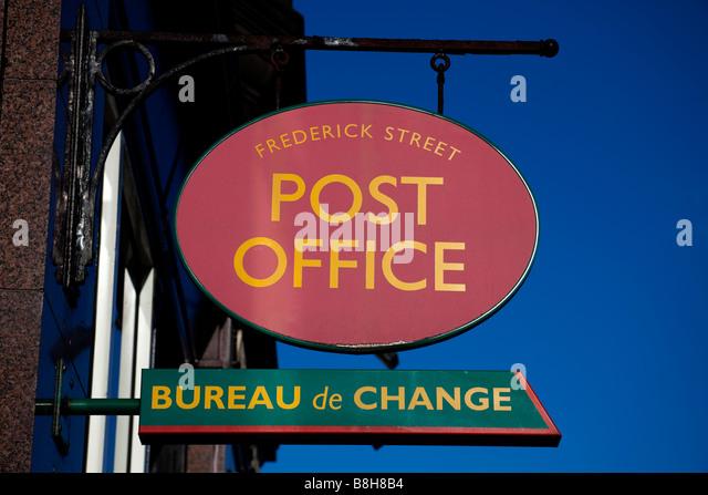 bureau de change stock photos bureau de change stock images alamy. Black Bedroom Furniture Sets. Home Design Ideas