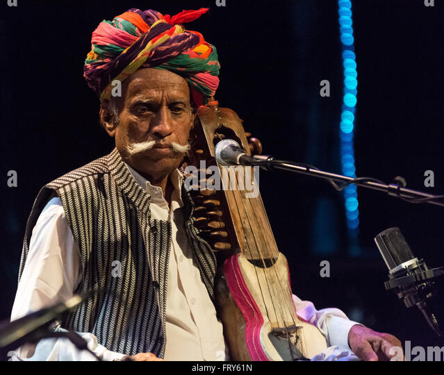 Sarangi Stock Photos & Sarangi Stock Images
