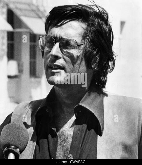 robert evans companyrobert evans tonight, robert evans filmography, robert evans company, robert evans kcl, robert evans producer, robert evans dentist, robert evans scientist, robert evans facebook, robert evans historian, роберт эванс, robert evans net worth, robert evans photography, robert evans model, robert evans md, robert evans astronomy, robert evans supernova, robert evans wikipedia, роберт эванс стоматолог, robert evans australia, robert evans book