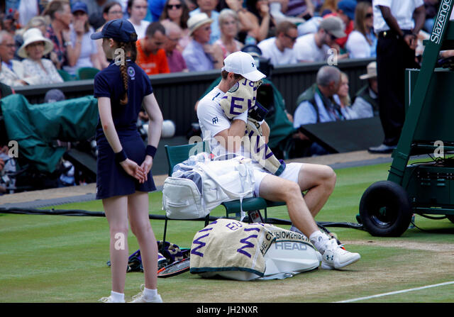 London, UK. 12th July, 2017. Wimbledon Tennis: London, 12 July, 2017 - Andy Murray during his quarterfinal loss - Stock Image