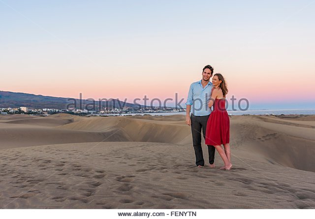 Woman in dunes maspalomas gran stock photos woman in - Standing canarias ...