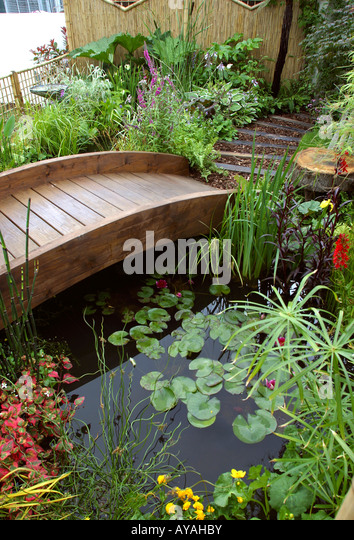 Small garden design plan stock photos small garden for Garden design knutsford