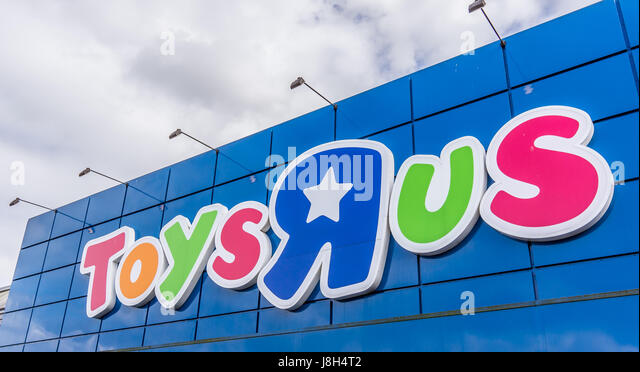 Toysrus Sign Stock Photos Toysrus Sign Stock Images Alamy