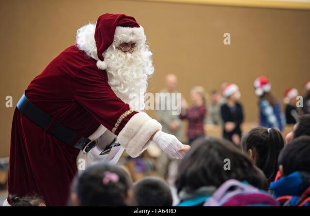 Barber Shop Kaneohe : Santa Claus greets Native Alaskan children during a visit to remote ...