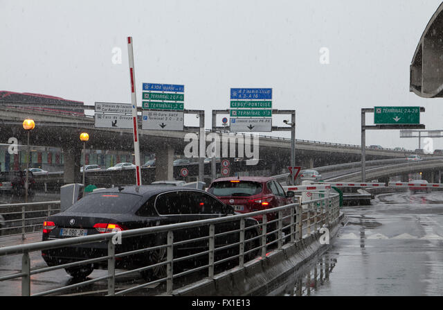 airport charles de gaulle stock photos airport charles de gaulle stock images alamy