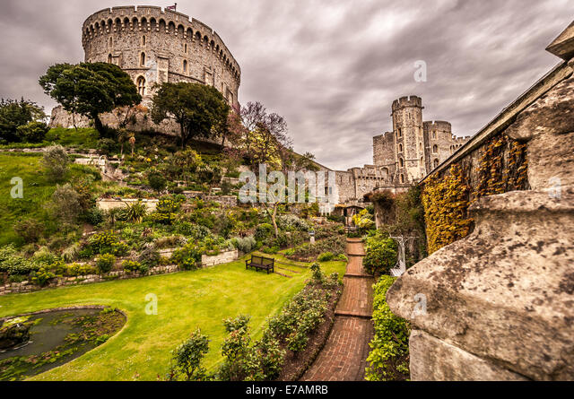 The Round Tower Windsor Castle Stock Photos The Round Tower Windsor Castle Stock Images Alamy