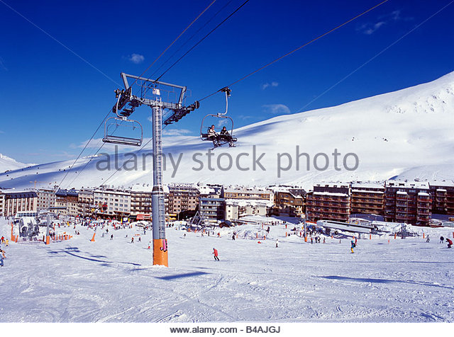 andorra skiers stock photos andorra skiers stock images alamy. Black Bedroom Furniture Sets. Home Design Ideas