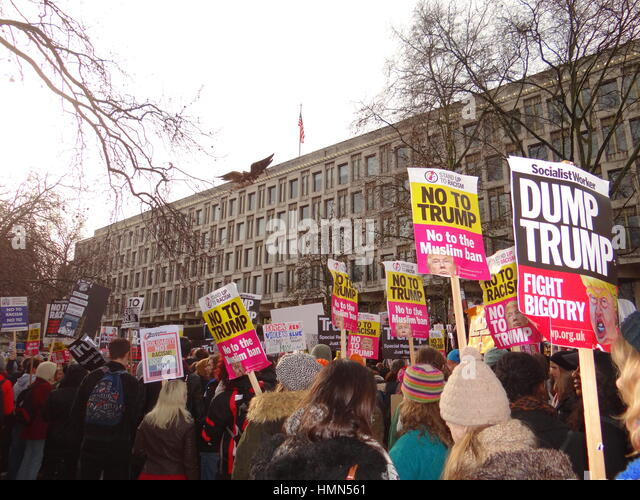 London Uk 4th February 2017 Anti Ban Muslims Protest At Us Embassy