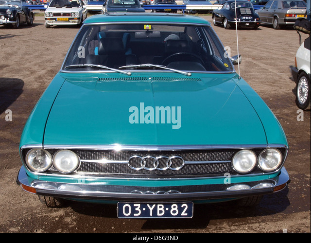 Audi 100 Coupe S Stock Photos & Audi 100 Coupe S Stock Images - Alamy
