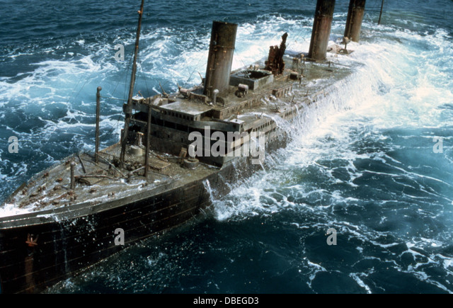 Raise The Titanic Stock Photos & Raise The Titanic Stock ... Raising The Titanic