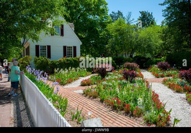 USA Virginia VA Colonial Williamsburg Spring Gardens   Stock Image