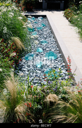 glass pebble stock photos & glass pebble stock images - alamy, Garten Ideen