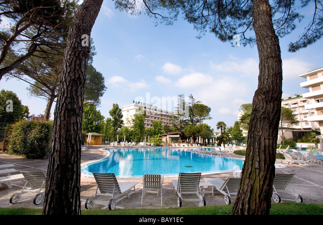 Veneto abano stock photos veneto abano stock images alamy Hotels near bristol with swimming pool