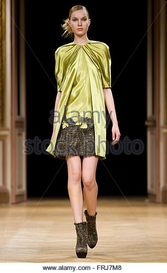 German Fashion Model Stock Photos German Fashion Model Stock Images Alamy