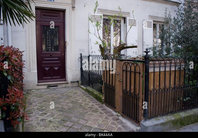 Apartment Building Entrance front entrance apartment building stock photos & front entrance