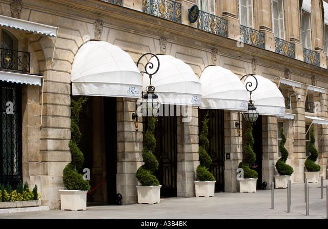 hotel de paris entrance stockfotos hotel de paris. Black Bedroom Furniture Sets. Home Design Ideas
