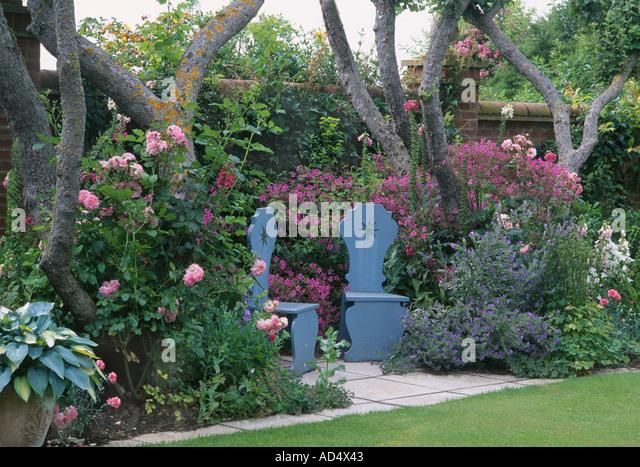 patio garden england stockfotos & patio garden england bilder - alamy, Garten ideen