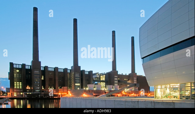 volkswagen factory wolfsburg autostadt stockfotos. Black Bedroom Furniture Sets. Home Design Ideas
