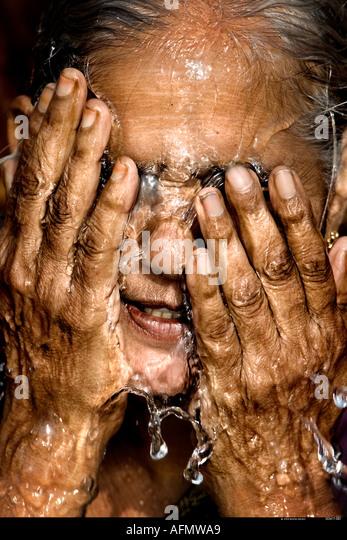 Backpage hyderabad frauen suchen männer