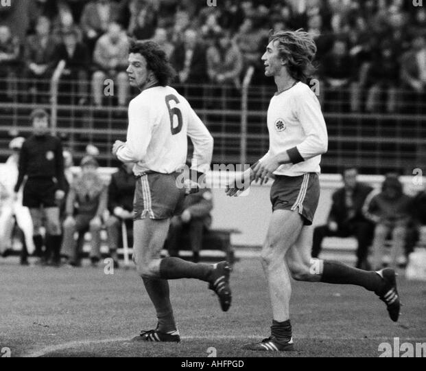 Football bundesliga 1972 1973 niederrheinstadion rot for Ditmar jakobs