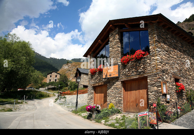 pal typical stone andorran village stockfotos pal typical stone andorran village bilder alamy. Black Bedroom Furniture Sets. Home Design Ideas