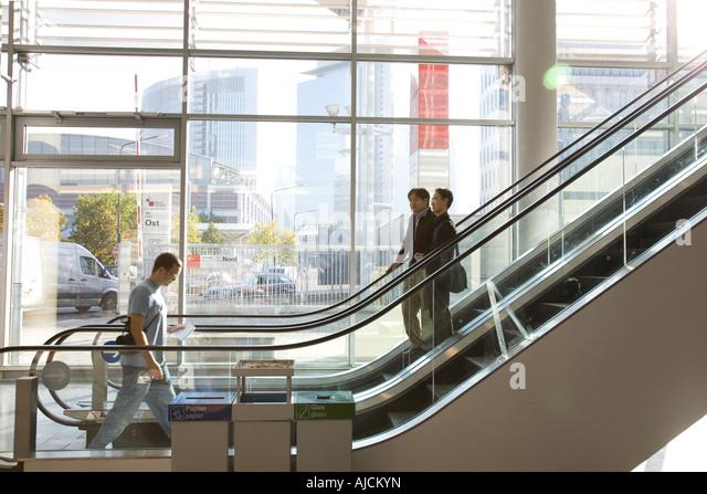 Elevate stockfotos elevate bilder alamy for Lichtmesse frankfurt