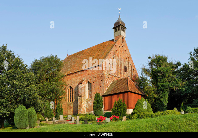 church in gustow ruegen germany stockfotos church in. Black Bedroom Furniture Sets. Home Design Ideas