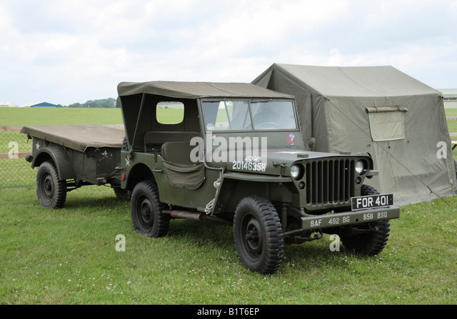 military vehicle trailer stockfotos military vehicle. Black Bedroom Furniture Sets. Home Design Ideas