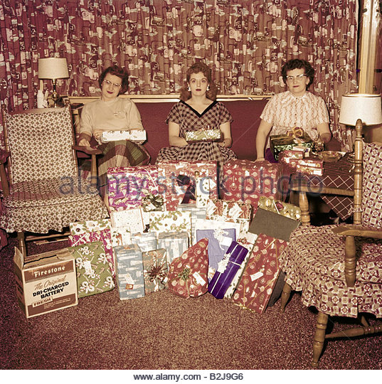 christmas christmas presents usa 1950s stockfotos. Black Bedroom Furniture Sets. Home Design Ideas