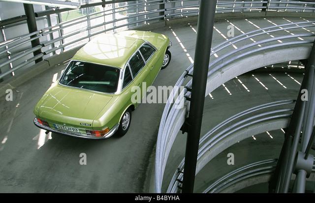 Ro 80 stockfotos ro 80 bilder alamy for Garage diag auto