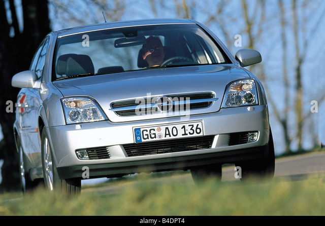 opel vectra stockfotos opel vectra bilder alamy. Black Bedroom Furniture Sets. Home Design Ideas