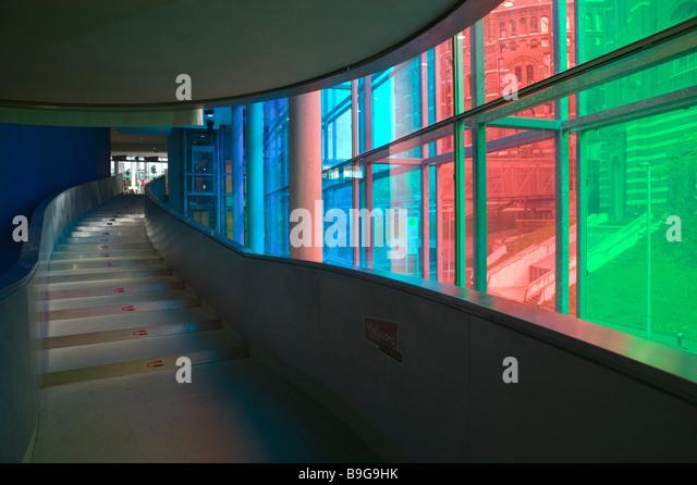 Glasfassade bunt  Gasometer Gasometer City Simmering Vienna Stockfotos & Gasometer ...