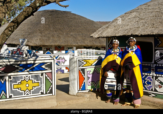 south africa ndebele house stockfotos south africa ndebele house bilder alamy. Black Bedroom Furniture Sets. Home Design Ideas