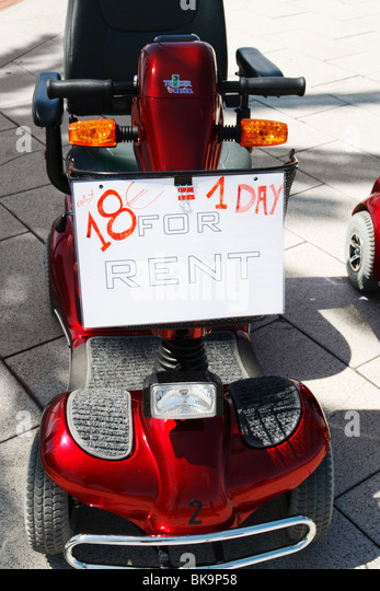 scooters stockfotos scooters bilder alamy. Black Bedroom Furniture Sets. Home Design Ideas