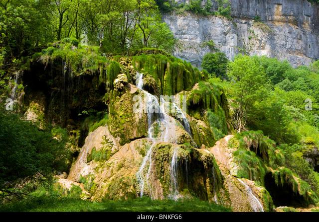 Reading waterfall stockfotos reading waterfall bilder - Wasserfall wand ...